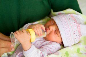 infant formula feeding