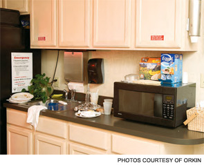 Practice good cleaning habits in common areas such as the break room and locker facilities. Require employees to keep all food in sealed containers and wipe countertops free of crumbs.